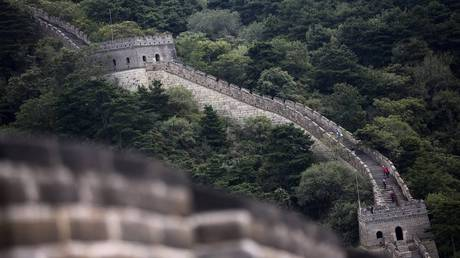 Έρευνα για την αποκατάσταση με τσιμέντο στο Σινικό Τείχος