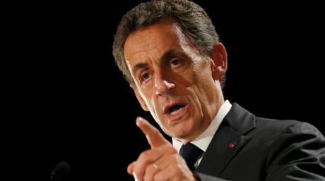 Γαλλία: O Σαρκοζί νουθετεί τους μετανάστες με αναφορές στον Αστερίξ
