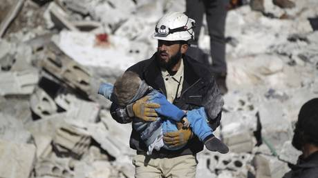 Συρία: Βομβάρδισαν φορτηγά που μετέφεραν ανθρωπιστική βοήθεια στο Χαλέπι