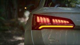 Το Audi Q5 μας δείχνει την «προσόντα» του (video)
