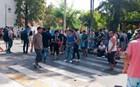 Κλεφτοπόλεμος αστυνομικών και προσφύγων στα σοκάκια της Μυτιλήνης