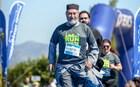 Κρήτη: Σήκωσαν τα ράσα… και έτρεξαν στον Ημιμαραθώνιο!