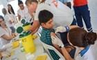 Μέσα στον Οκτώβριο θα έχουν εμβολιαστεί όλα τα προσφυγόπουλα