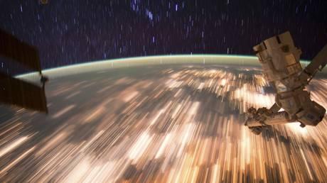 Μας στέλνουν μηνύματα οι εξωγήινοι;