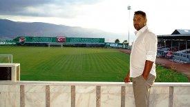 Ο Φατίχ Ακιέλ τώρα και… προπονητής!