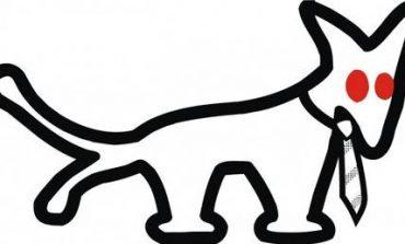 Ο σκύλος με δύο ουρές και γραβάτα ταράζει την Ουγγαρία