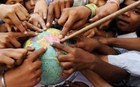 Παγκόσμια έρευνα: Αυτός είναι ο πιο γενναιόδωρος λαός από όλους