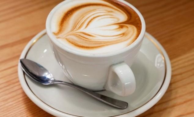 Πόσες θερμίδες έχει ο καφές που πίνετε