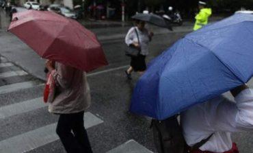 Συννεφιά με πιθανές βροχές την Δευτέρα