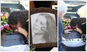 Σπαρακτικές εικόνες στην κηδεία της Σοφίας Ρούμπου-Συντετριμμένη η κόρη της