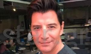 ΑΠΟΚΛΕΙΣΤΙΚΟ: Χαμογελάει και του πάει! - Η απίθανη selfie του Σάκη στον φακό του star.gr