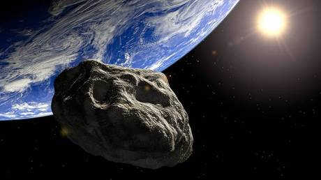 15.000 αστεροειδείς και κομήτες γυροφέρνουν τη Γη