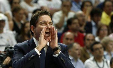 Xavi Pascual on his way to Athens to sign at Panathinaikos
