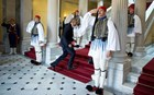 Οι φωτογραφίες που δεν είδαμε από την επίσκεψη του Μπαράκ Ομπάμα στην Αθήνα