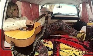Ταξιδεύουμε μαζί της μέσω Instagram – ΔΕΙΤΕ πώς περνάει η Άννα Βίσση στα Χανιά!
