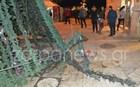 Άγνωστοι πήγαν να κάψουν το χριστουγεννιάτικο δέντρο στα Χανιά