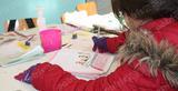 Μάθημα με γάντια και κασκόλ: Η γραφειοκρατεία άφησε μαθητές στο ψύχος! [photos]