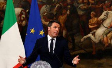 Ματέο Ρέντσι: Υποβάλλω την παραίτησή μου