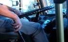 Οδηγός μετέτρεψε το λεωφορείο του σε μίνι club για τις σχολικές εκδρομές!