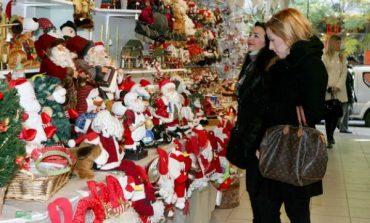 Από σήμερα 15 Δεκεμβρίου το εορταστικό ωράριο των καταστημάτων