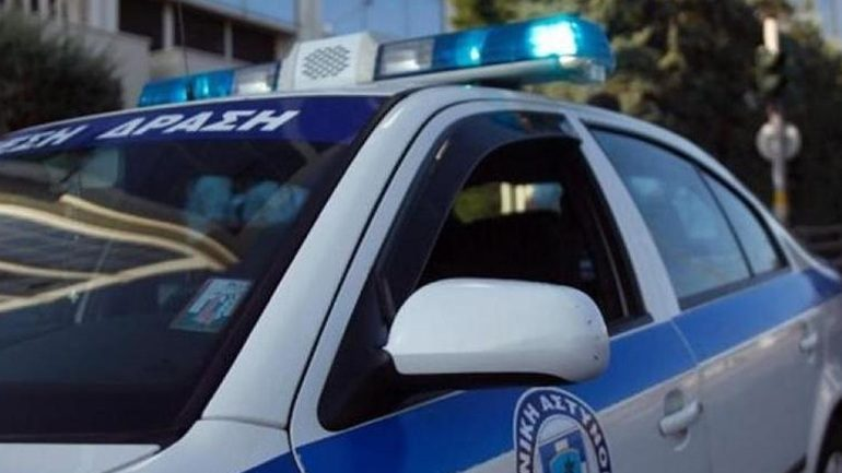 Συνελήφθη στη Νέα Ερυθραία. Στην Νέα Ερυθραία συνελήφθη η 43χρονη που είχε  αποδράσει σπάζοντας το ηλεκτρονικό βραχιολάκι ... 50a4d77c2f3
