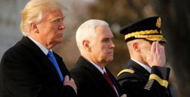 Τα πρώτα διατάγματα που θα υπογράψει με την προεδρική πένα ο Ντόναλντ Τραμπ