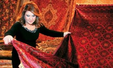 Από 25 μέχρι και 31 Ιανουαρίου, στο ξενοδοχείο Theoxenia Palace η Δέσποινα Μοιραράκη.