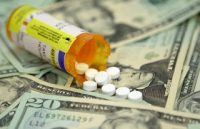 Trump: Αστρονομικές οι τιμές των φαρμάκων