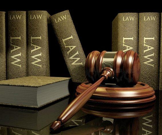 «Δωράκι» Πετρόπουλου σε δικηγορικές εταιρείες;