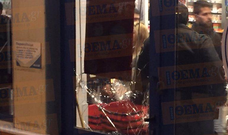 Αιματηρή ληστεία με πυροβολισμούς σε σούπερ μάρκετ στο Καματερό. VIDEO