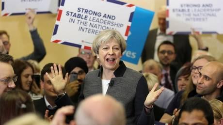 Βρετανία: Ευρύ προβάδισμα των Συντηρητικών έναντι των Εργατικών