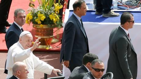 Δρακόντεια μέτρα ασφαλείας στη λειτουργία του Πάπα στο Κάιρο
