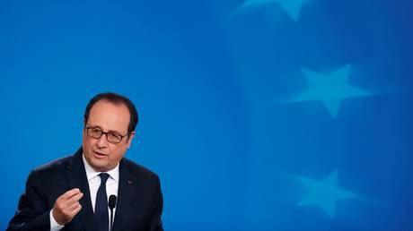Ολάντ: Μείζων κίνδυνος η άκρα δεξιά στην προεδρία της Γαλλίας