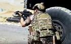Ο βασιλιάς της Ιορδανίας σε στρατιωτική άσκηση με πραγματικά πυρά