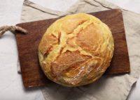 Περιορίζουν και το ψωμί οι Έλληνες