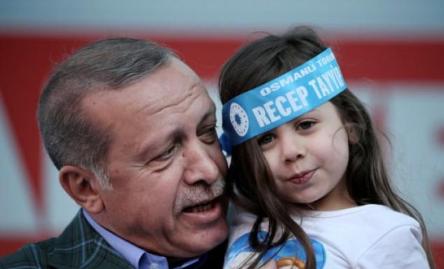 Προπαγάνδα Ερντογάν κατά Ελλάδας: «Οι τρομοκράτες πάνε στην Ελλάδα»