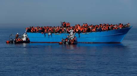 Πρόστιμο για όσες χώρες δεν δέχονται πρόσφυγες προτείνει η Μάλτα