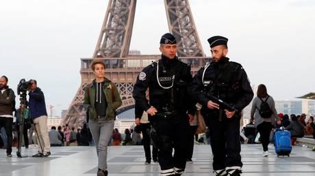 Σε συναγερμό η Γαλλία μία ημέρα πριν από τις προεδρικές εκλογές