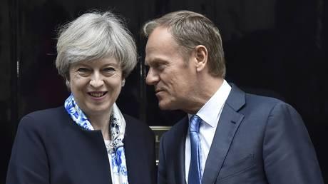 Σύνοδος Κορυφής: Η Ευρώπη ενωμένη ορίζει τις κατευθυντήριες γραμμές του Brexit (pics&vids)