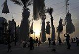 Τα κρεμασμένα νυφικά: Mία ιδιαίτερη, θλιβερή διαμαρτυρία [photos]