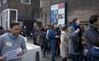 Τι λένε οι Έλληνες που ψηφίζουν στις γαλλικές εκλογές