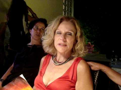 Η Έλενα Χουζούρη απόψε 26/04 στο βιβλιοπωλείο Σπόρος στην Κηφισιά