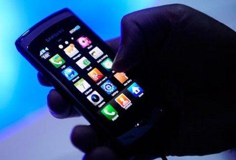 Εξαρθρώθηκε κύκλωμα μεγάλης απάτης με κινητά τηλέφωνα