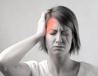 Έχετε πονοκέφαλο ή ημικρανία; Μάλλον φταίει η υγρασία.
