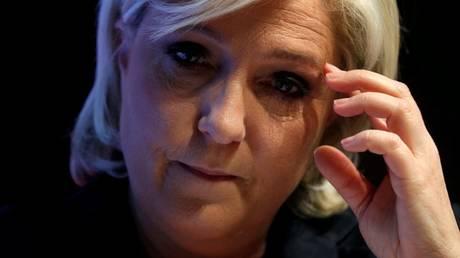 Αποδοκιμασίες κατά της Μαρίν Λεπέν στη Ρεν
