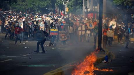Βενεζουέλα: 200.000 διαδηλωτές στους δρόμους στην 50η μέρα κινητοποιήσεων (pics)