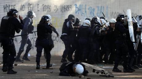 Βραζιλία: Ανακλήθηκε το διάταγμα για την ανάπτυξη του στρατού μετά τις ταραχές (pics)