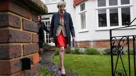 Βρετανία: Προβάδισμα Μέι ενόψει των εκλογών της 8ης Ιουνίου