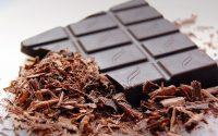 Γιατί είναι καλό να τρώτε ένα κομματάκι μαύρη σοκολάτα την ημέρα