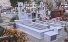 Δεν δίστασαν να βεβηλώσουν και τάφους για να κλέψουν χαλκό